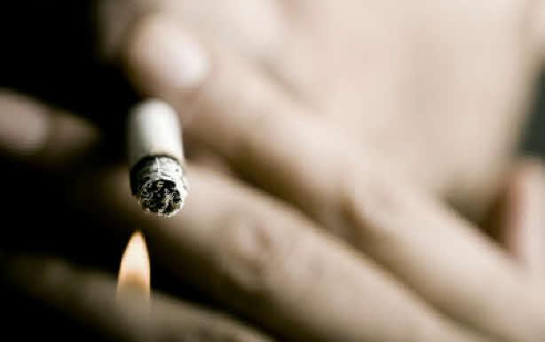 LAISSEZ-NOUS FUMER OU INTERDISEZ LE TABAC !
