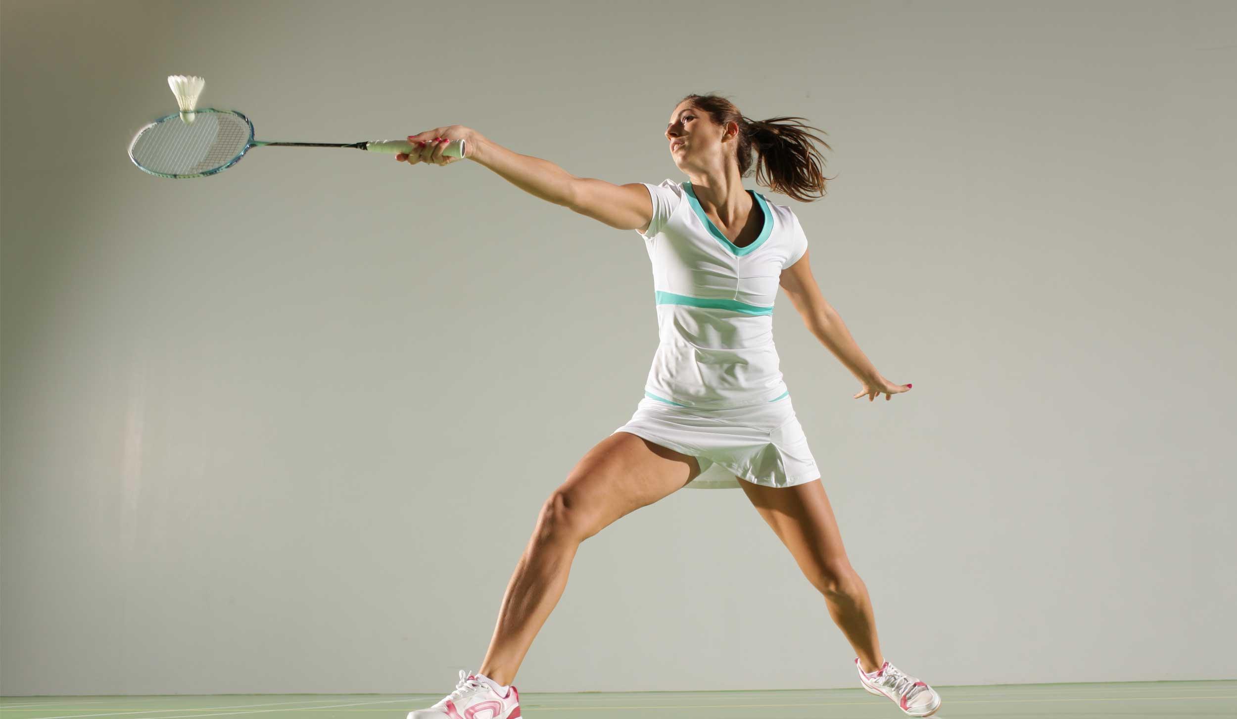 pour avoir un corps de déesse pratiquez le badminton-santecool