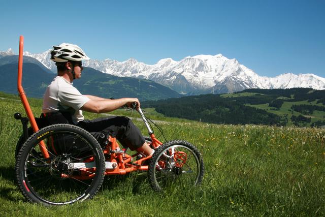fauteuil-handicapé-tout-terrain-santecool