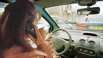 telephoner-ou-conduire-il-faut-choisir-santecool
