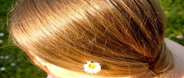 Éclaircissez-naturellement-vos-cheveux-grâce-à-la-cannelle-et-au-miel-santecool