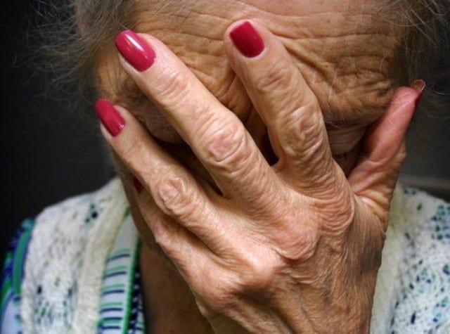 Maltraitance-des-personnes-âgées-rompez-le-silence-santecool