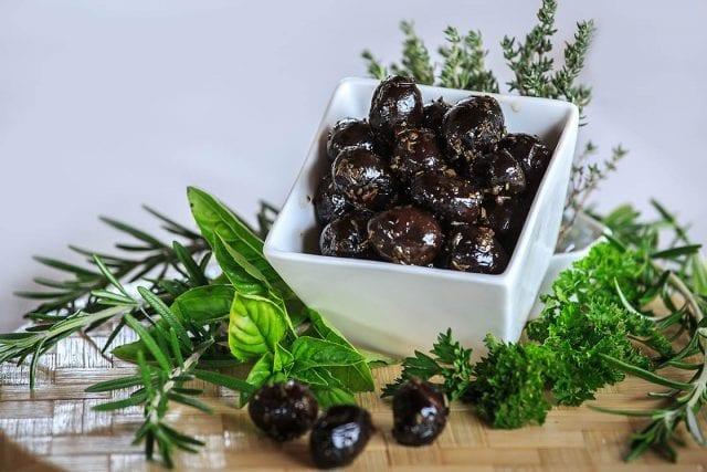 Des-fruits-et-légumes-colorés-artificiellement-par-l-industrie-agroalimentaire-santecool