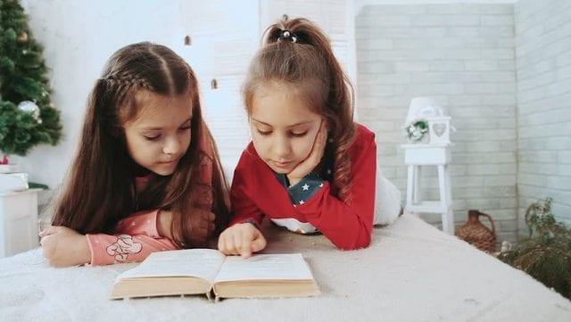 Apprendre à lire et à écrire n'est pas une mince affaire! Et c'est ce qu'on montré les dernières recherches en neurosciences. Dans son dernier ouvrage, Les Écoles Alternatives*, Sophie Madoun nous explique comment le cerveau s'adapte lors de l'apprentissage de la lecture. Extrait.