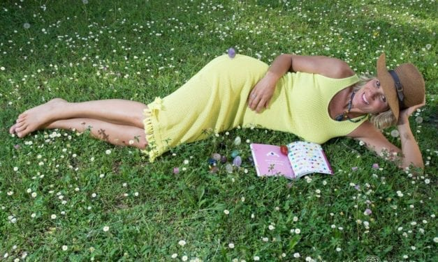 Lilou Macé, ambassadrice globe-trotteuse du bonheur