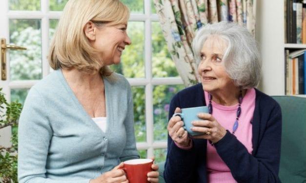 Bénéficier d'un service d'aide à domicile quand on a Alzheimer