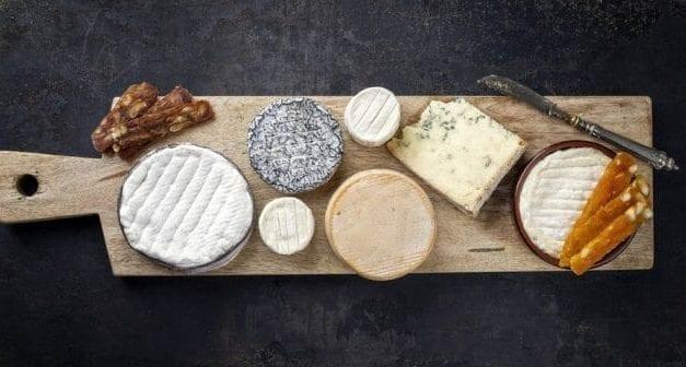 Tout savoir sur les fromages au lait cru