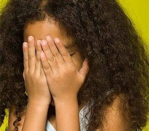 Hallucinant : ma fille de 7 ans 1/2 a les seins qui poussent!