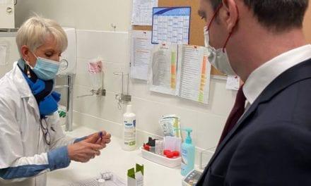 «La France expérimente l'usage médical du cannabis» annonce Olivier Véran