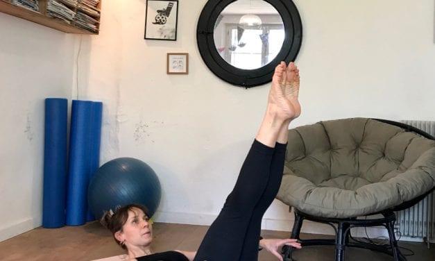 5 exercices de Pilates à faire chez soi pour un ventre plat