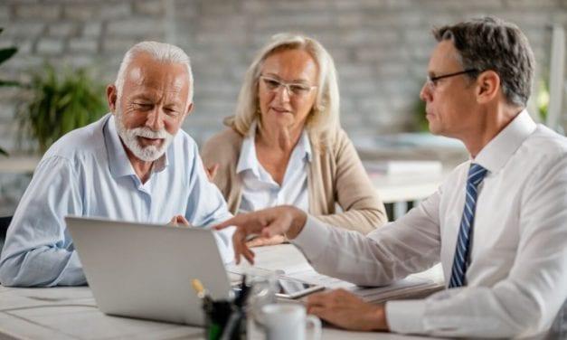 Pourquoi la mutuelle senior coûte aussi chère ?